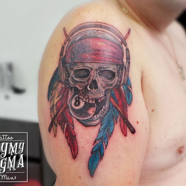 Tatouage crâne pirate des Caraibes