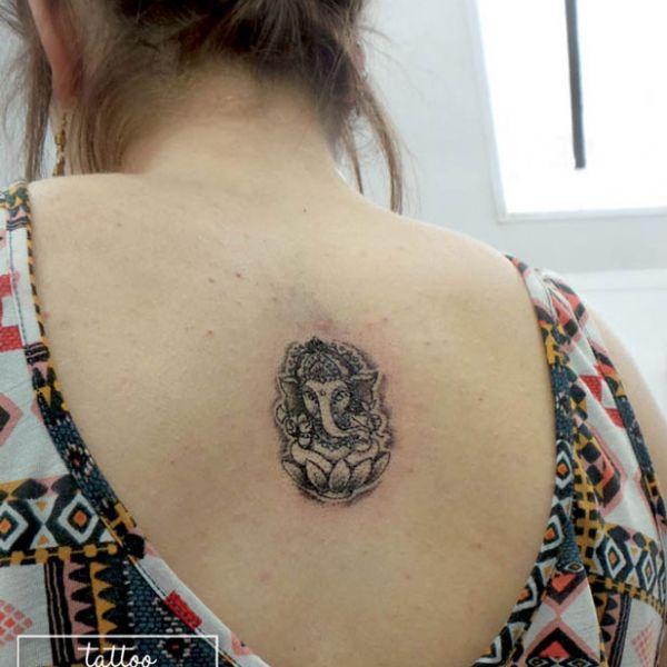 Mymymagma, tatoueuse le Mans   Tatouage au Mans